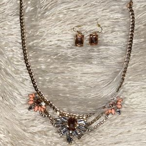Fashion necklace set. Earrings included.